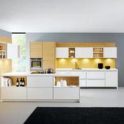 两室一厅日式简约风格原木厨房橱柜装修效果图