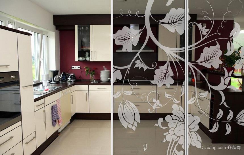 128平米创意厨房玻璃隔断装修效果图