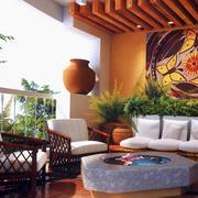 东南亚风格深色原木入户花园装修效果图