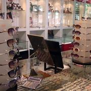 眼镜店地板砖效果图