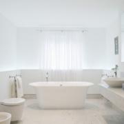 十三平米温馨宜家小户型浴室装修设计图
