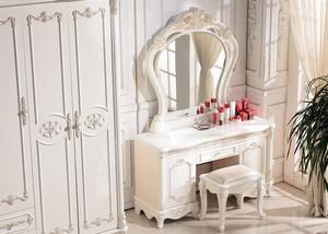 线条优美欧式卧室梳妆台装修效果图片