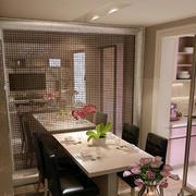 单身公寓简洁型厨房玻璃隔断装修效果图