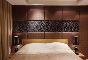 现代欧式大户型卧室软包背景墙装修效果图