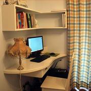简约复式楼暖色系书房电脑桌装修效果图
