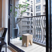 138平米淡色调阳台装修效果图