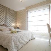 新房卧室纯洁装饰