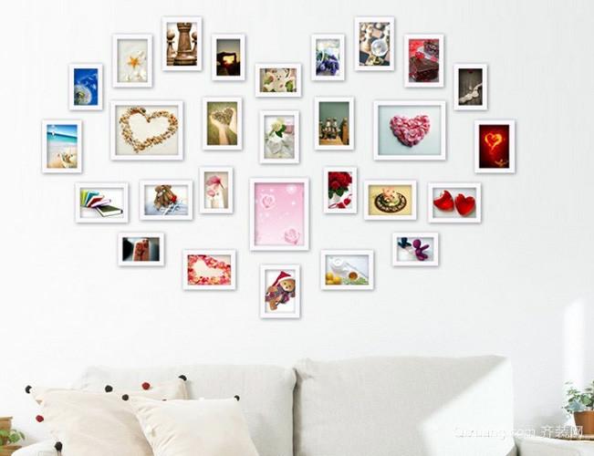 小户型北欧风格清新客厅心形照片墙装修效果图