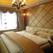 别墅暖色系软包墙饰装饰