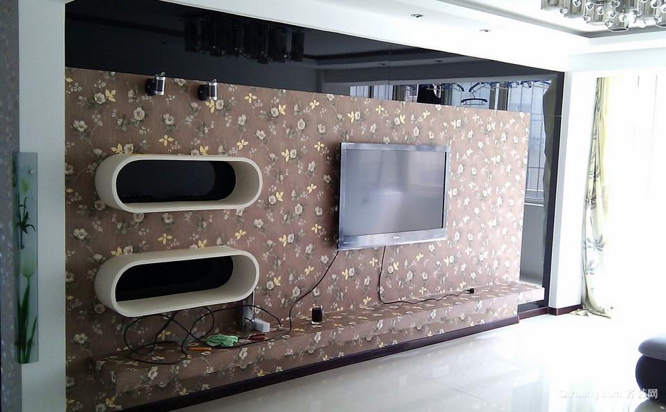 128平米现代都市客厅电视背景墙效果图