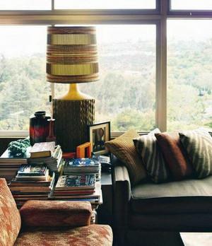 精致的欧式大户型卧室台灯设计装修效果图