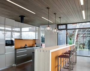 别墅开放式厨房生态木吊顶装修效果图