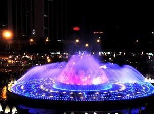 大型生活广场夜景音乐喷泉装修效果图