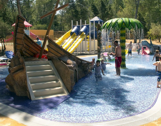 景点美式简约风格儿童游泳池装修效果图