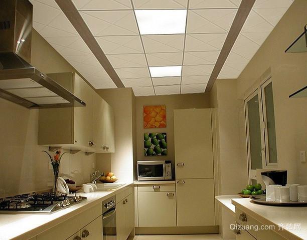 复式楼现代简约风格厨房集成吊顶装修图