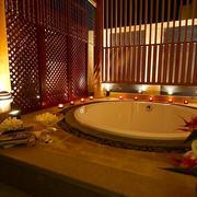 东南亚深色别墅卫生间装饰