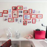 现代小户型书房精美照片墙设计效果图