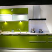 欧式大户型现代厨房不锈钢橱柜装修效果图