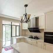 别墅欧式风格奢华厨房吊顶装修效果图