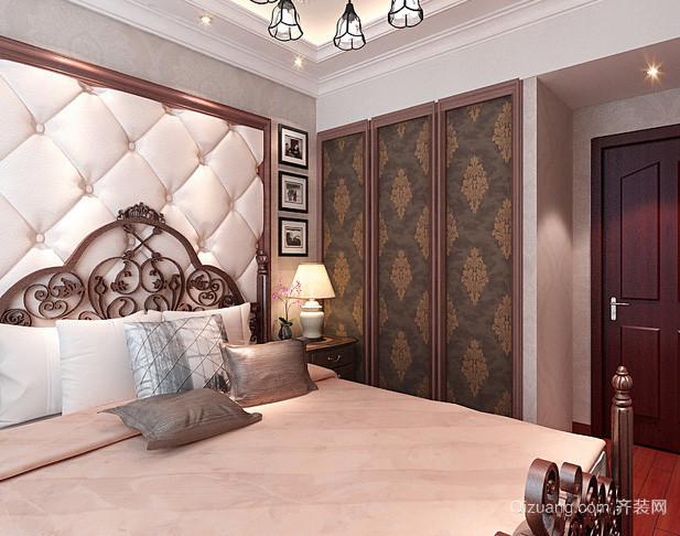 小型别墅欧式奢华卧室内嵌式衣柜装修效果图