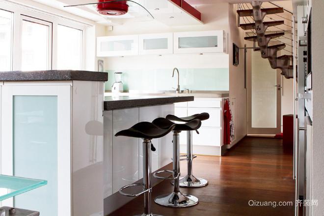 北欧风格清新复式楼客厅吧台装修效果图