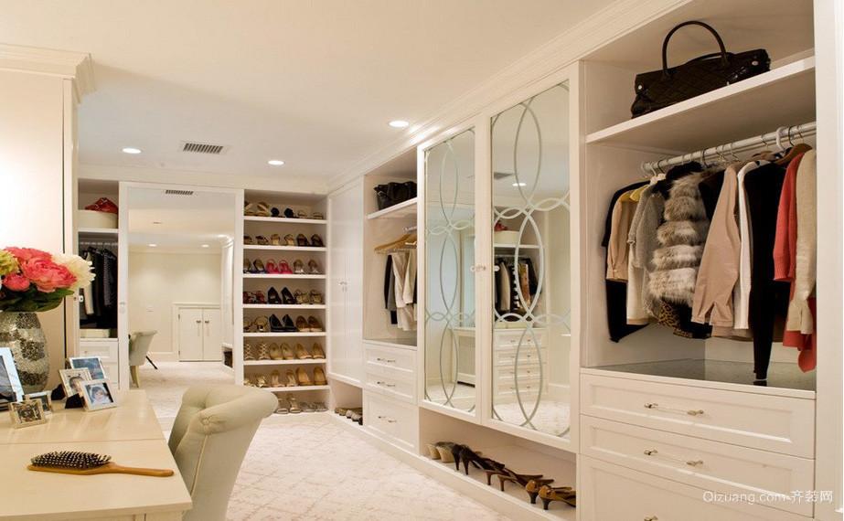 女生公寓开放式大型衣帽间设计效果图