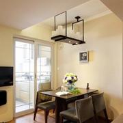 别墅中式风格客厅挂钟装修效果图