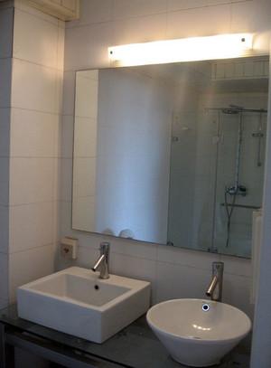 跃层唯美系列卫生间洗脸盆装修效果图
