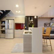 公寓厨房小吧台