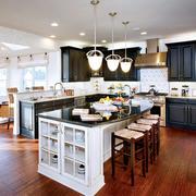 欧式厨房整体橱柜装饰