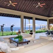 现代美式海景别墅客厅装潢设计效果图