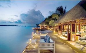 浪漫度假海景别墅装潢设计效果图