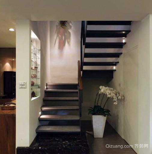 110平米深色调室内楼梯设计效果图