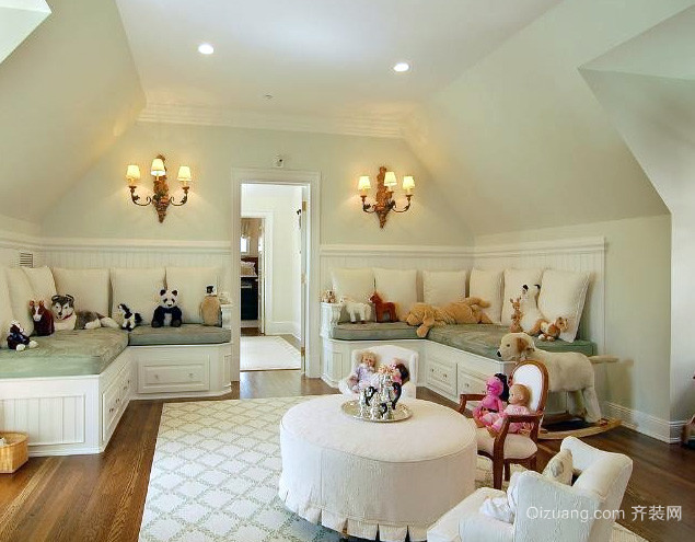 小户型欧式简约风格阁楼客厅装修效果图