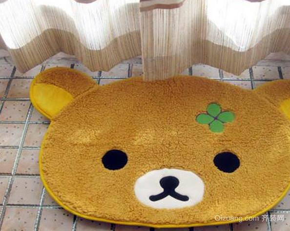 现代简约风格客厅小熊卡通头像地垫装修图