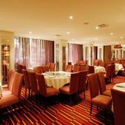 大型欧式风格暖色系酒楼装修效果图