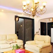 欧式风格客厅原木浅色茶几装修效果图