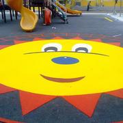 幼儿园简约游乐场橡胶装饰