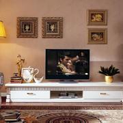 两室一厅欧式风格电视柜装饰