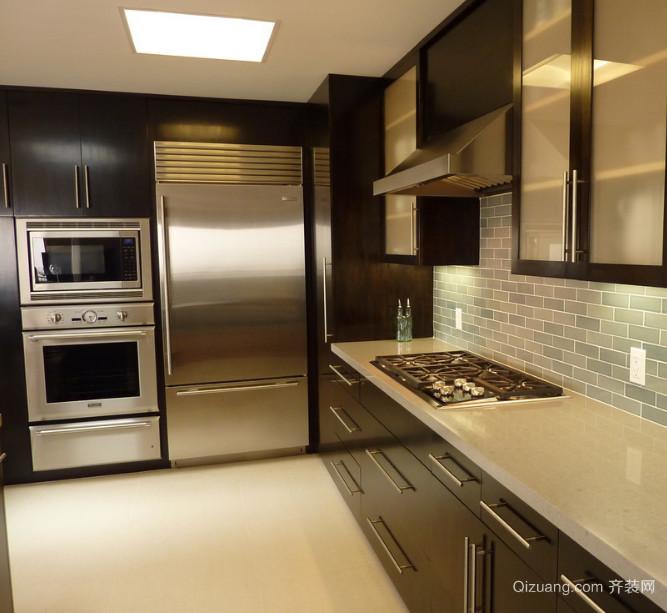 简欧大户型厨房不锈钢橱柜装修效果图鉴赏