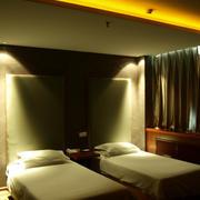 现代简约风格商务酒店双人间卧室装修效果图