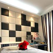 90平米单身公寓卧室拼接软包背景墙图片