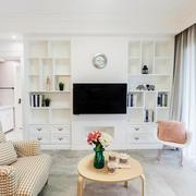 新房客厅白色电视柜