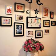 三居室时尚风格照片墙设计效果图