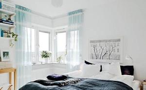 二居室质量很好的飘窗窗帘效果图