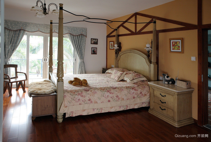 2016田园混搭风格复式楼卧室家具装修图片