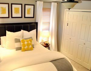 北欧风格清新卧室衣柜装修效果图