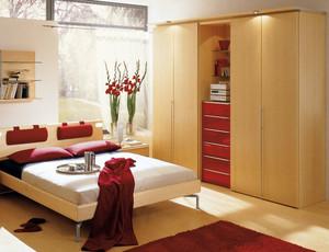 现代简约风格婚房卧室衣柜装修效果图