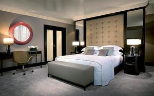 2016日式小户型卧室背景墙装修设计图片