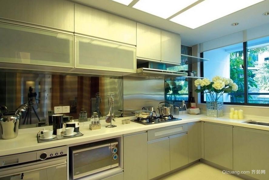 复式楼创意型厨房装修效果图